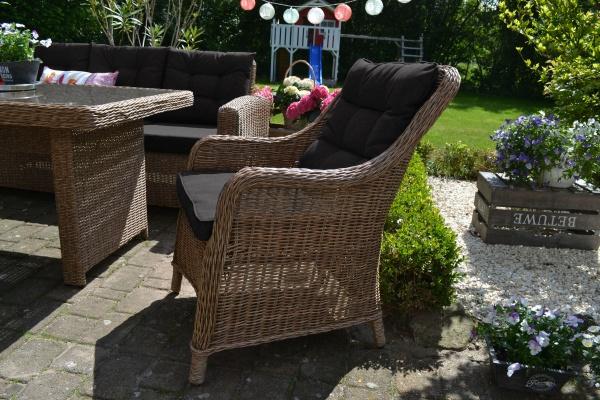 8 x Sessel Como Natur-braun mit Sitz- und Rückenpolster in schwarz