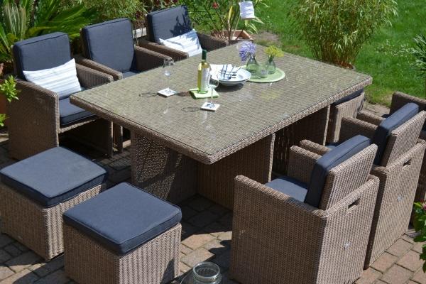Toscana XL Natur-braun (Tisch, 6 Sessel + 3 Hocker)