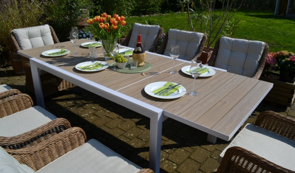 Sitzgruppe Madrid mit 8 Sesseln Como Natur - Tisch verlängerbar