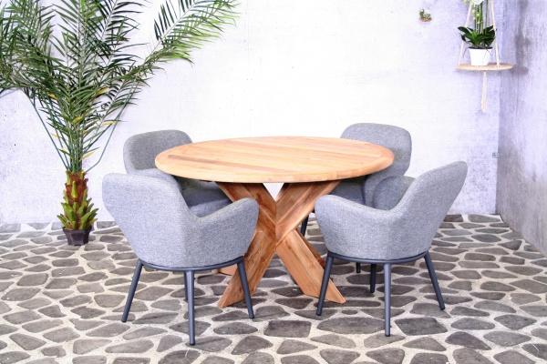 Rundgarnitur Malta mit 4 bequemen Sesseln - Tischdurchmesser 130 cm